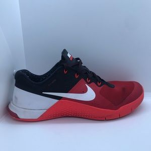 Nike metcon 2 shoes red black